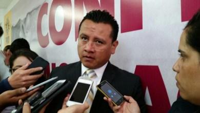 Torres Piña aseguró que el gobierno federal viene maquinando la caída de Pemex en el mercado mundial, a fin de rematarlo al mejor postor, en detrimento de la soberanía económica del país