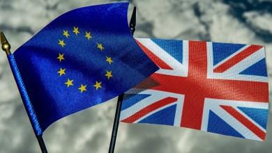 Las fuerzas euroescépticas británicas se mostraron eufóricas, celebrando una victoria a la que calificaron como una protesta contra los líderes británicos, las grandes empresas y los políticos extranjeros -incluyendo a Barack Obama-