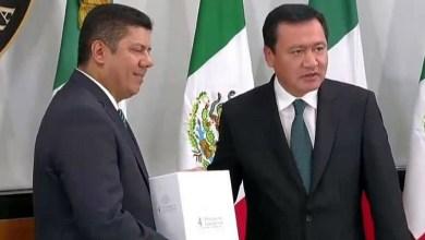 El presidente de la Mesa Directiva de San Lázaro, el panista Javier Bolaños, recibió el documento e indicó que se realizará una revisión detallada