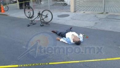 La lateral de la Avenida Camelinas permaneció cerrada por casi una hora y reabierta cuando se hizo el levantamiento del cuerpo por parte de las autoridades (FOTO: FRANCISCO ALBERTO SOTOMAYOR)
