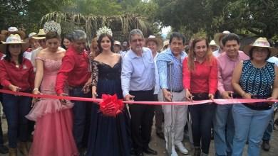 Huergo Maurin, agradeció al alcalde Lino Paz Rosas, a los diputados local y federal, Raymundo Arreola Ortega y Salomón Rosales Reyes, quienes hicieron planteamientos de ir juntos en la solución de problemas