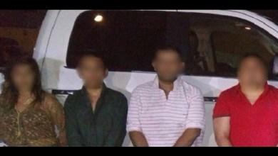 Los detenidos fueron identificados como Genaro C., Juan S., Omar M., Jonathan F. y Berenice O., quienes serán puestos a disposición de la autoridad competente para determinar su situación jurídica