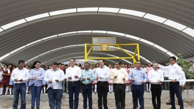 """La construcción de la techumbre con arco techo de la Secundaria Federal """"José María Morelos"""" se realizó a través del Fondo de Aportaciones Múltiples, con una inversión de 2 millones 331 mil 355 pesos"""