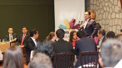 Aureoles Conejo escuchó las propuestas de cada joven parlamentario, las cuales giraron principalmente en los temas de seguridad, participación ciudadana, desarrollo social, vialidad, cuidado del medio ambiente y educación