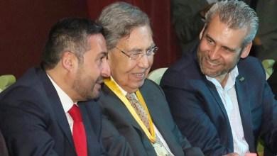 El presidente de la Junta de Coordinación Política acompañó al ingeniero Cuauhtémoc Cárdenas en la recepción de la Presea Vasco de Quiroga, que le fue otorgada por el Cabildo de Pátzcuaro en Sesión Solemne