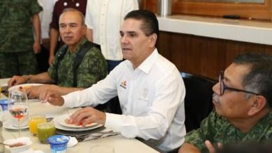 Sesiona la Mesa de Coordinación Estatal para la Construcción de la Paz, ahora en Apatzingán, encabezada por el gobernador Silvano Aureoles