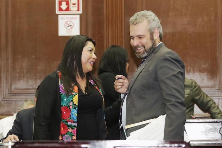 El diputado afín a la cuarta transformación considera que es urgente que los legisladores escuchen a las michoacanas