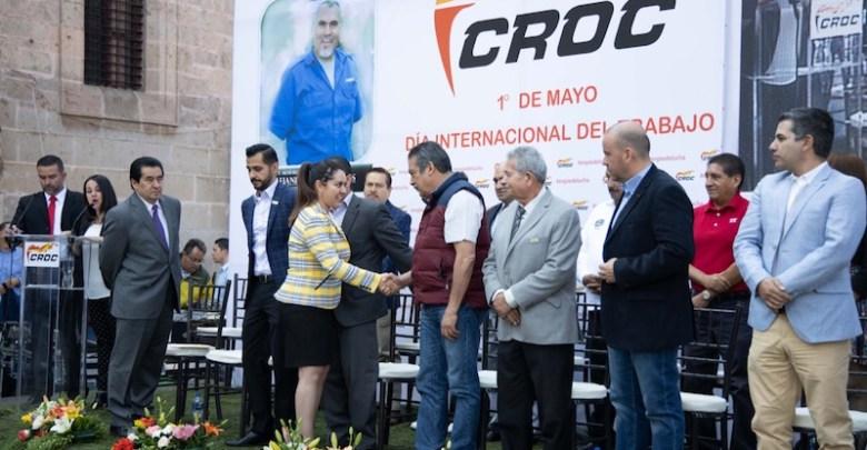 Morón Orozco, acudió al evento de la CROC como parte de su postura por dignificar y estrechar la relación con los empleados del Ayuntamiento
