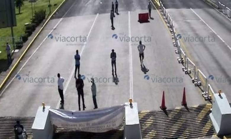 CNTE,caseta de peaje, Ecuandureo