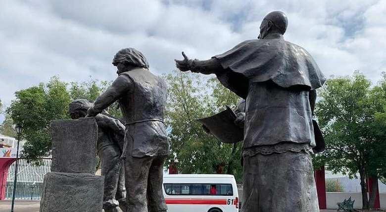 Constructores de la Ciudad, escultura, Morelia