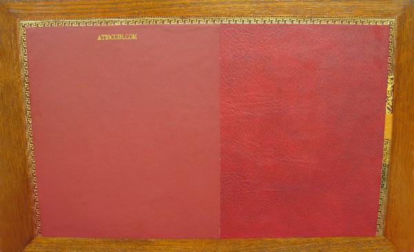 modele de dessus de bureau en cuir ou tissu enduit avec vignette cuir