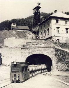 Intrarea in mina de la Baia Sprie