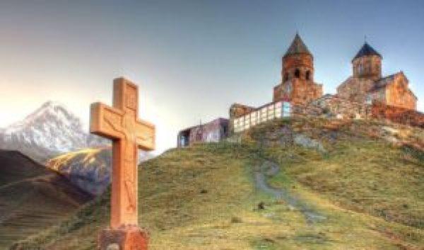 Impotriva vizitei Papei in Georgia