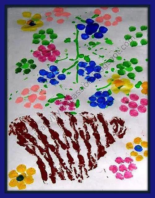 pintura de vaso com os dedos