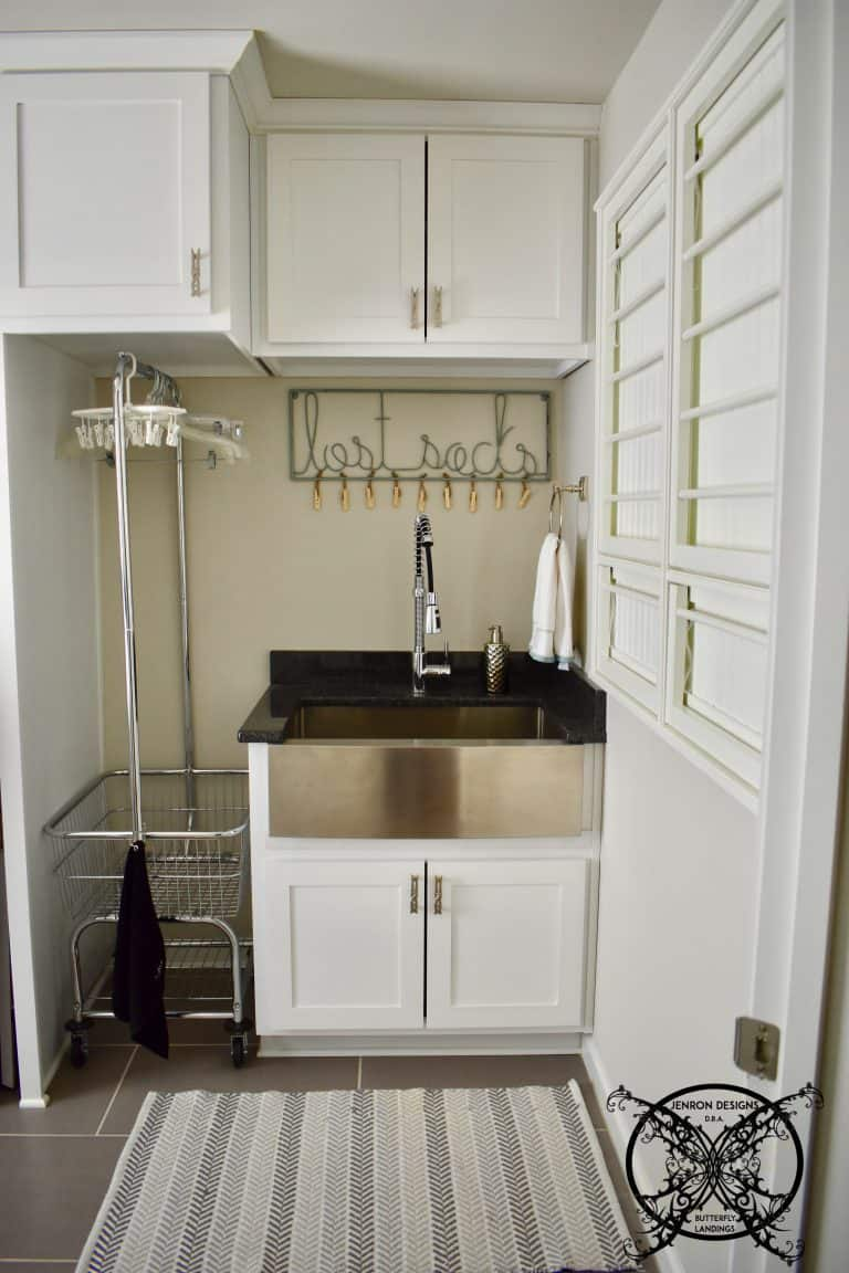 19 Amazing Laundry Rooms You Will Actually Want to do ... on Amazing Laundry Rooms  id=32123