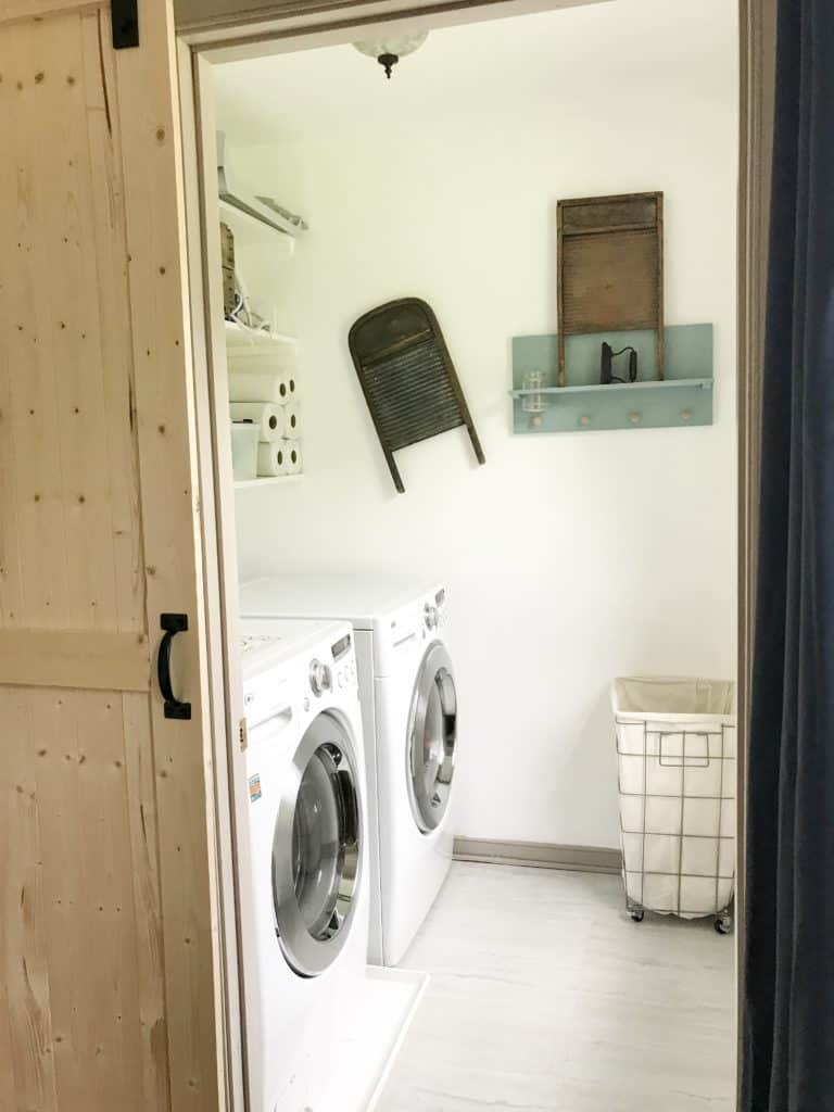 19 Amazing Laundry Rooms You Will Actually Want to do ... on Amazing Laundry Rooms  id=68046