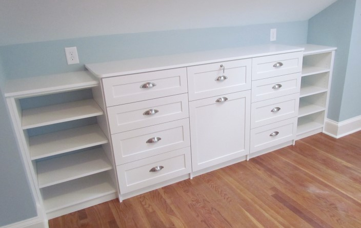 Short And Wide Dresser