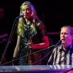 Brian Wilson with violinist (1 of 1)