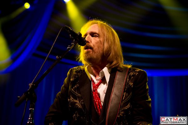 Live Review Amp Picture Book Tom Petty At Verizon Wireless