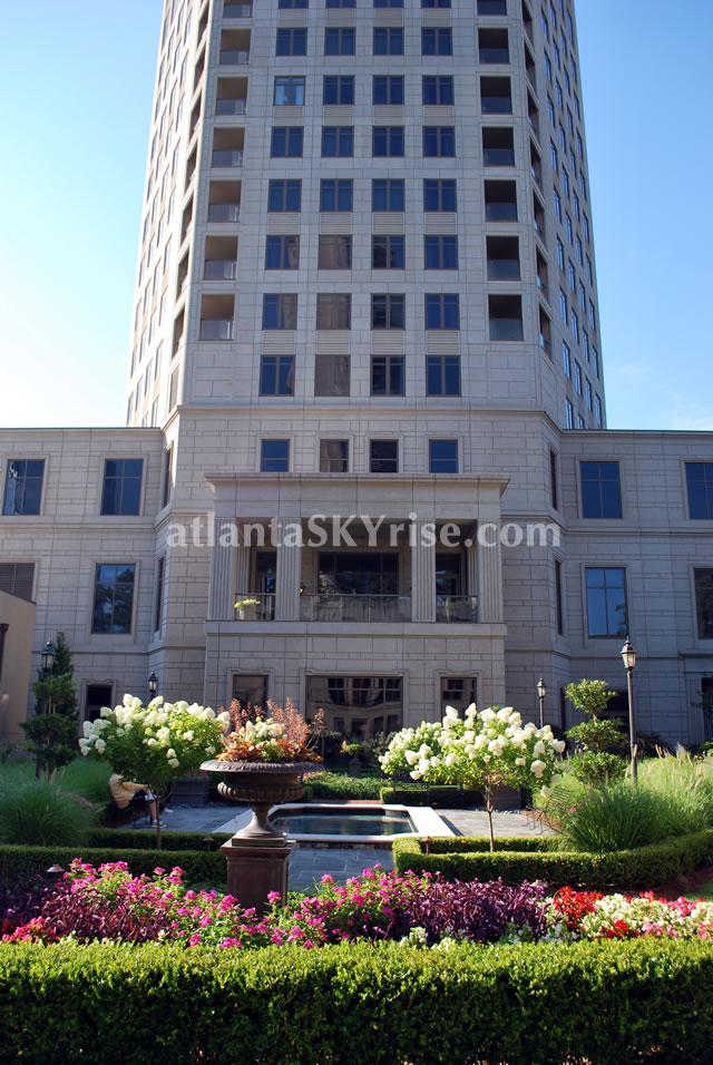Mansion on Peachtree atlantaSKYrise.com