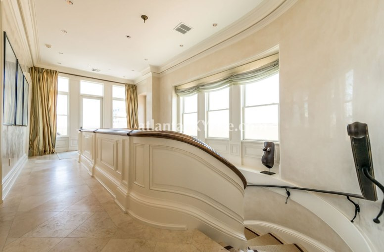 2500 Peachtree Penthouse 902N Stair Hall