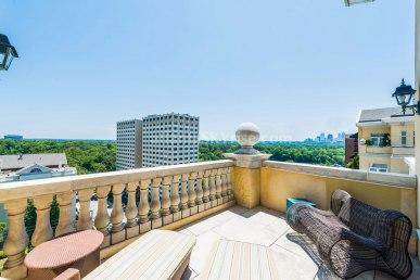 2500 Peachtree Penthouse 902N Terrace 3