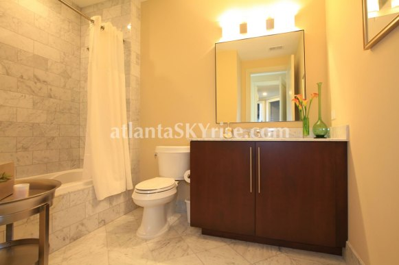 Sovereign Unit 3501 Guest Bathroom 1