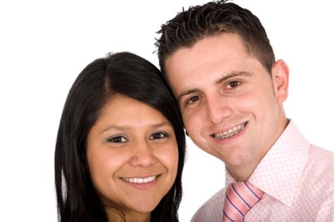 Penggunaan Behel Sapphire bagi orang dewasa- Global Estetik Dental Care