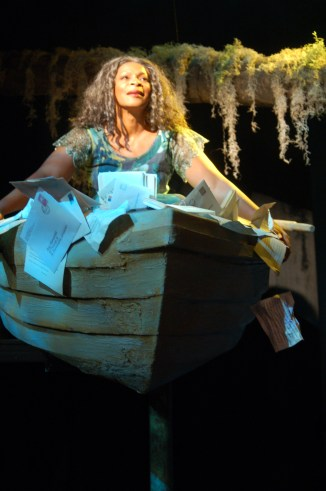 Donna Biscoe in Horizon Theatre's Tree