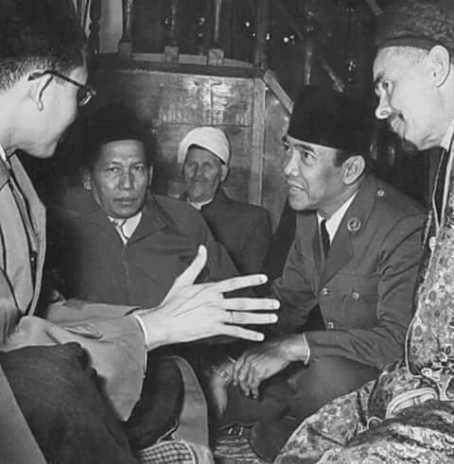Dialog Sufi Sang Presiden