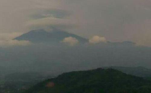 Sore tadi @puncak gunung ciremai