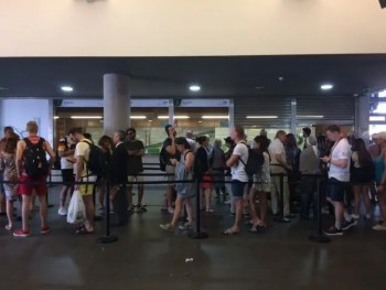 How to Avoid Queues, Lines, and Waiting in General in Lisbon