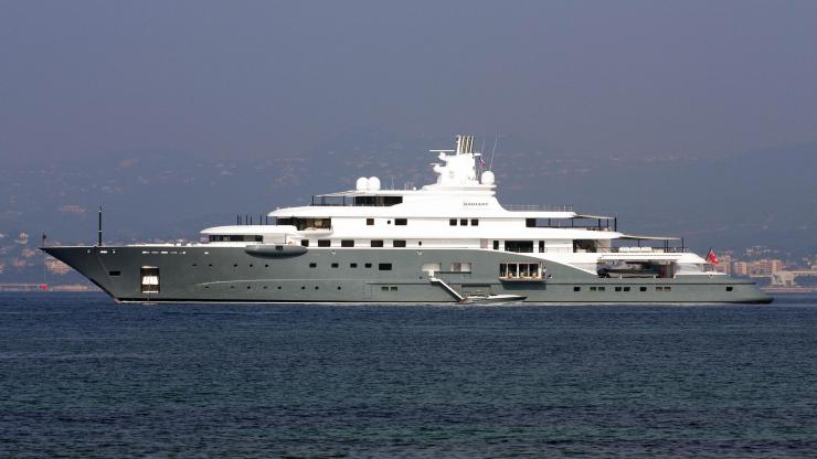 Who owns the world's most expensive yacht? 10