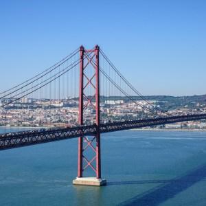 25 nisan köprüsü lizbon