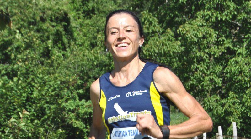 Simonetta Menestrina domina La Ponale Running