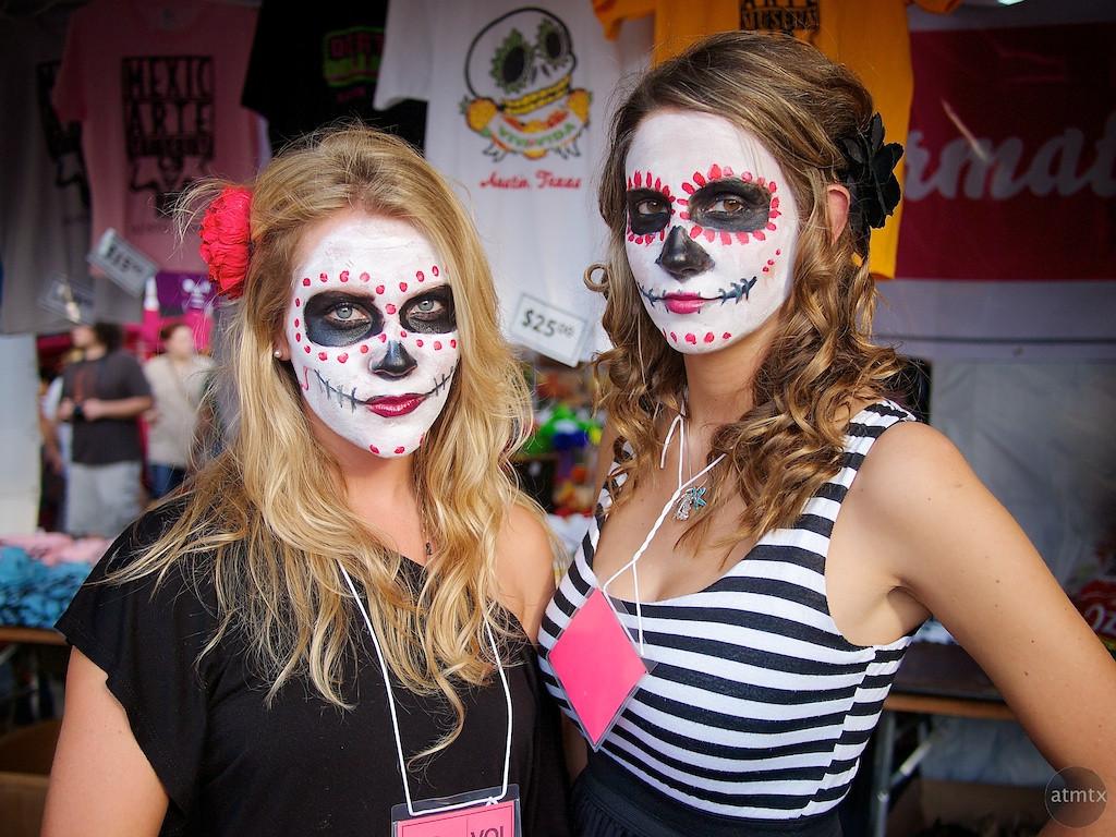 Casey and Lisa, Dia de los Muertos Booth