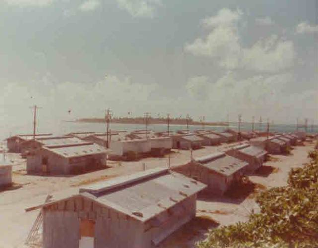 Al-Gettier-Lojwa-base-camp-02