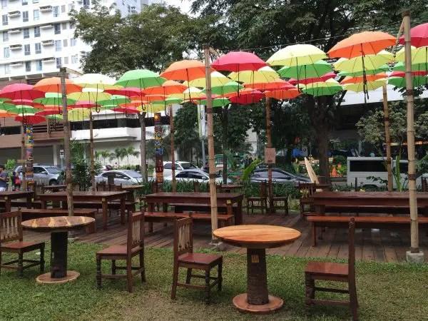 Umbrella Set Up at Hawaiian Restaurant Umbrella