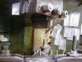 オーダーメイドのロートアイアン妻飾りを制作している加工風景の写真