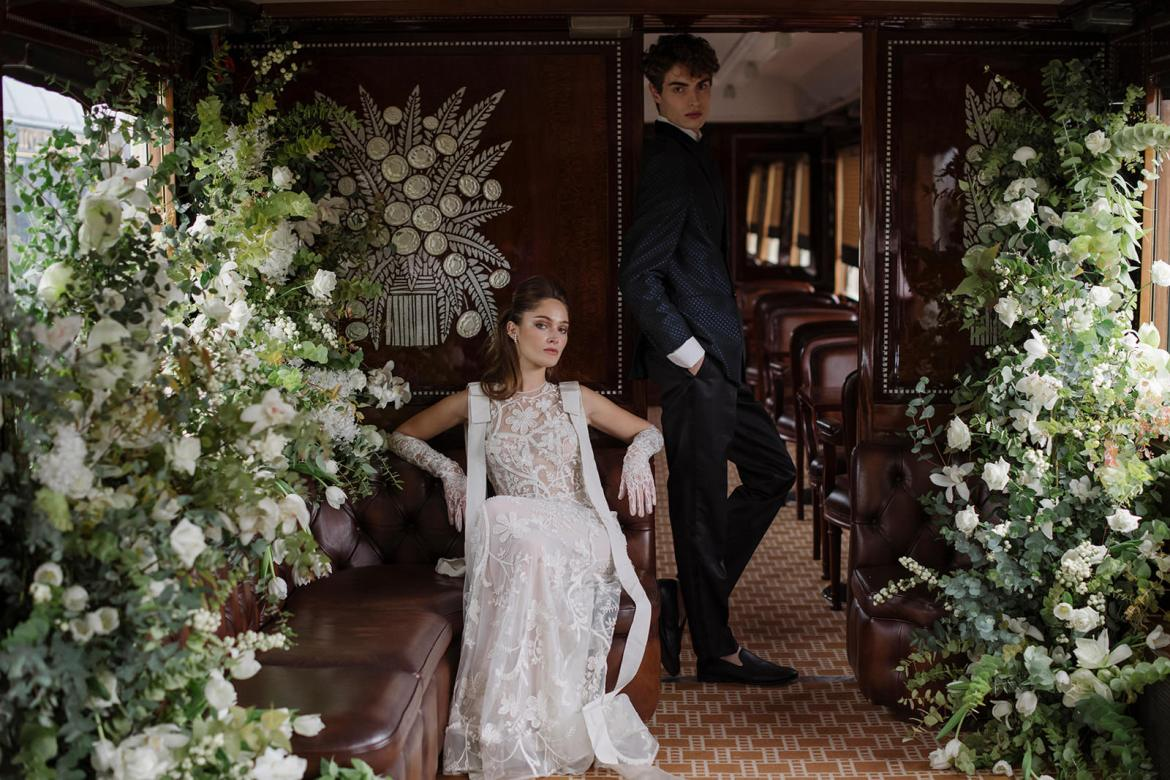 bride and groom Orient express exclusive service by atout coeur wedding