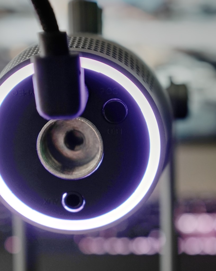 Mood lighting on the Thronmax MDrill One Pro