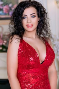 nice-looking Ukrainian fiancée from city Kiev Ukraine