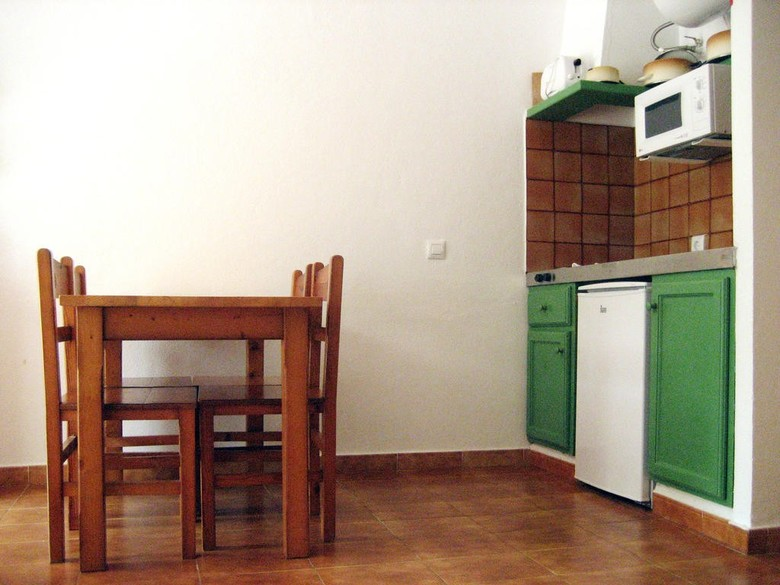 Desde 31€/noche en la costa brava con rvhotels. Apartamentos Vista Blanes, Cala'n Blanes (Menorca ...