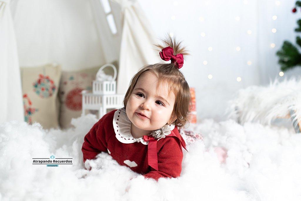 Foto infantil en mini sesión de navidad