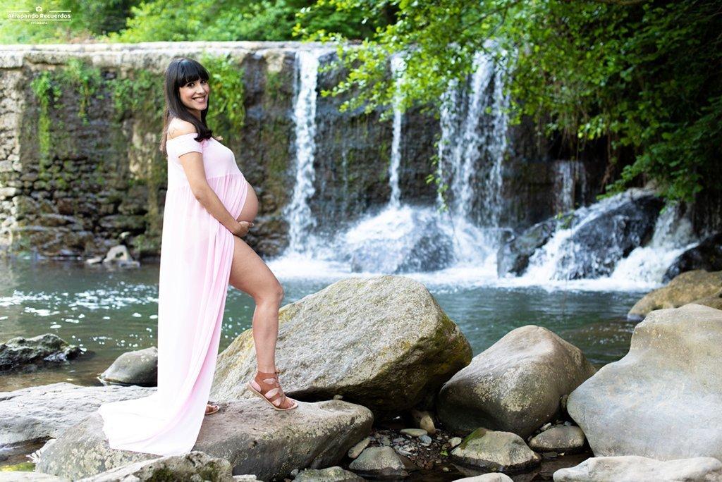 fotografo de embarazo en exterior Muskiz