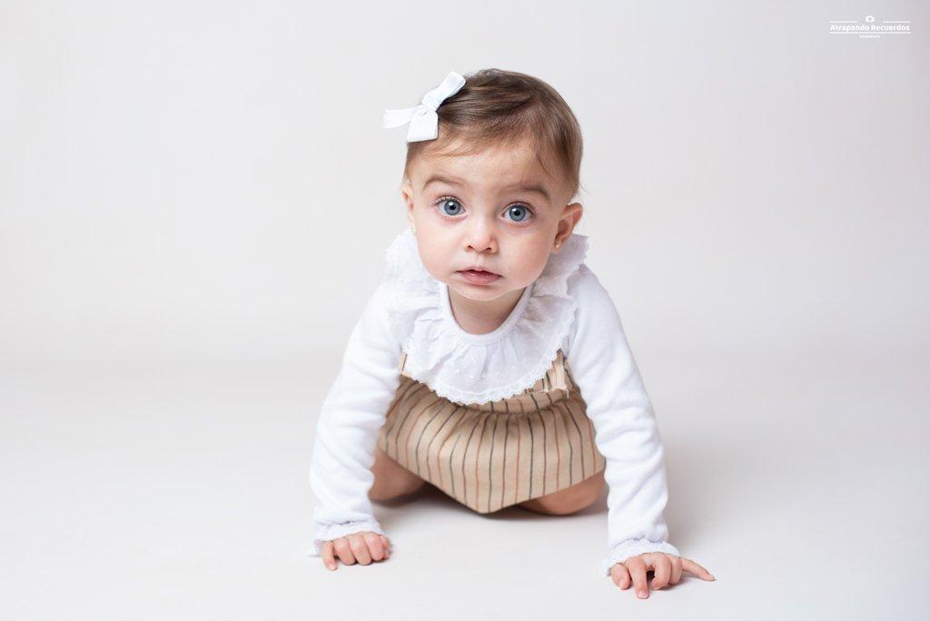 Fotografia bebé primer cumpleaños Bilbao