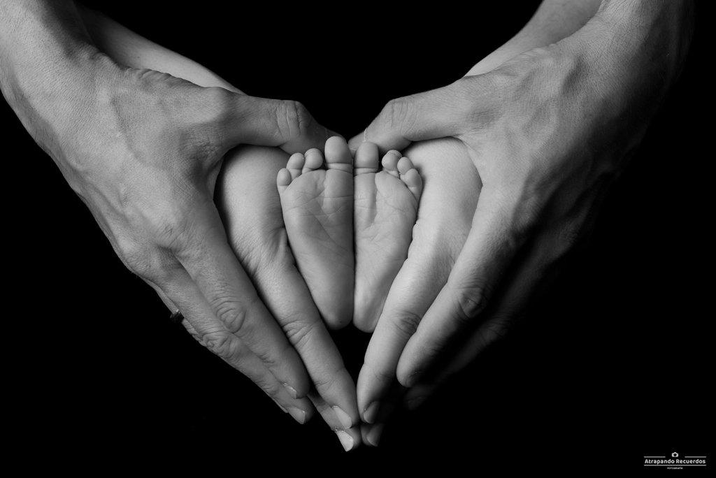 fotos newborn recien nacido barakaldo manos