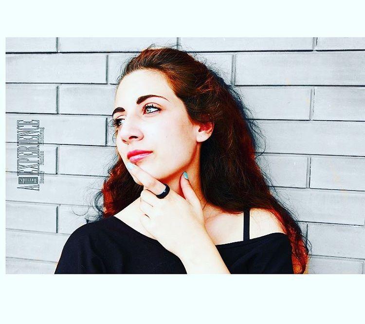 Non serve per forza un fidanzamento o un matrimonio per togliersi lo sfizio di un anello particolare #picoftheday #jewels #jewelry #embr #ring #embrbands #fashiondetails #fashionaccessories #fashionjewels #fashionblogger #fashion #atrendyexperience #instafashion #luxurylife #luxuryring #instajewelry #instajewels #italianmodel #model #me #shoot #igers #bloggeritalia
