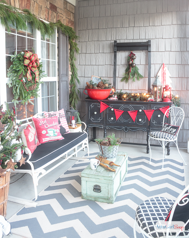 Front Porch Decorating Ideas You'll Want to Copy for Christmas on Country Patio Ideas id=36720