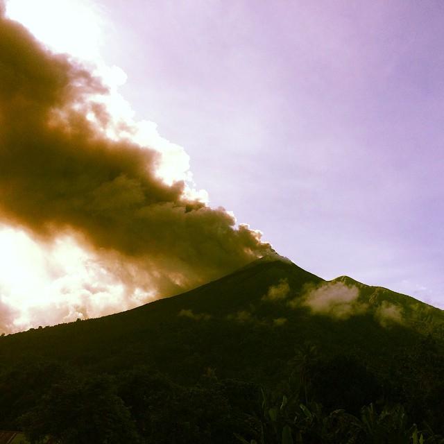 vulcano-Gamalama-indonesia12